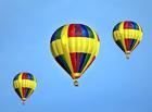 Coloriage montgolfières