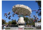 Photo manège parc d'attraction