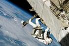 Photo astronaute dans l'espace